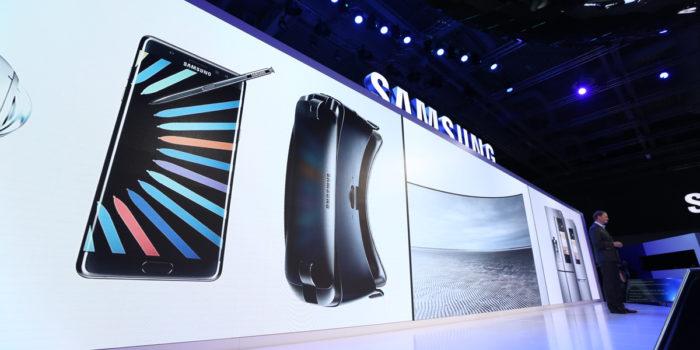 Stressat Samsung går in i väggen